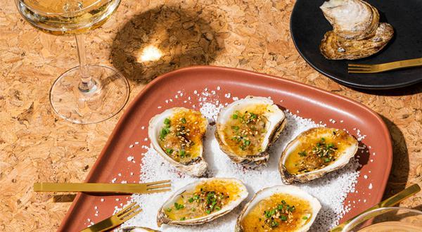 Huîtres chaudes au beurre miso