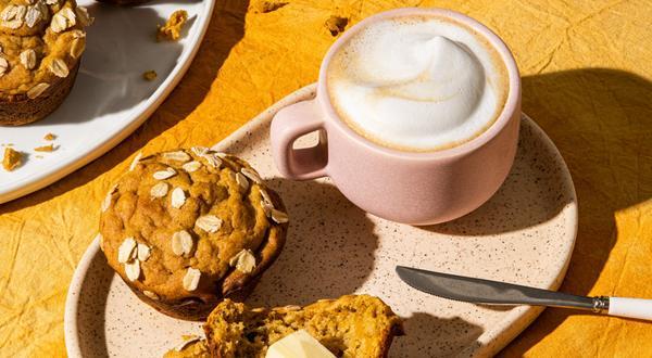 Muffins sans gluten à la patate douce, aux dattes et à l'orange