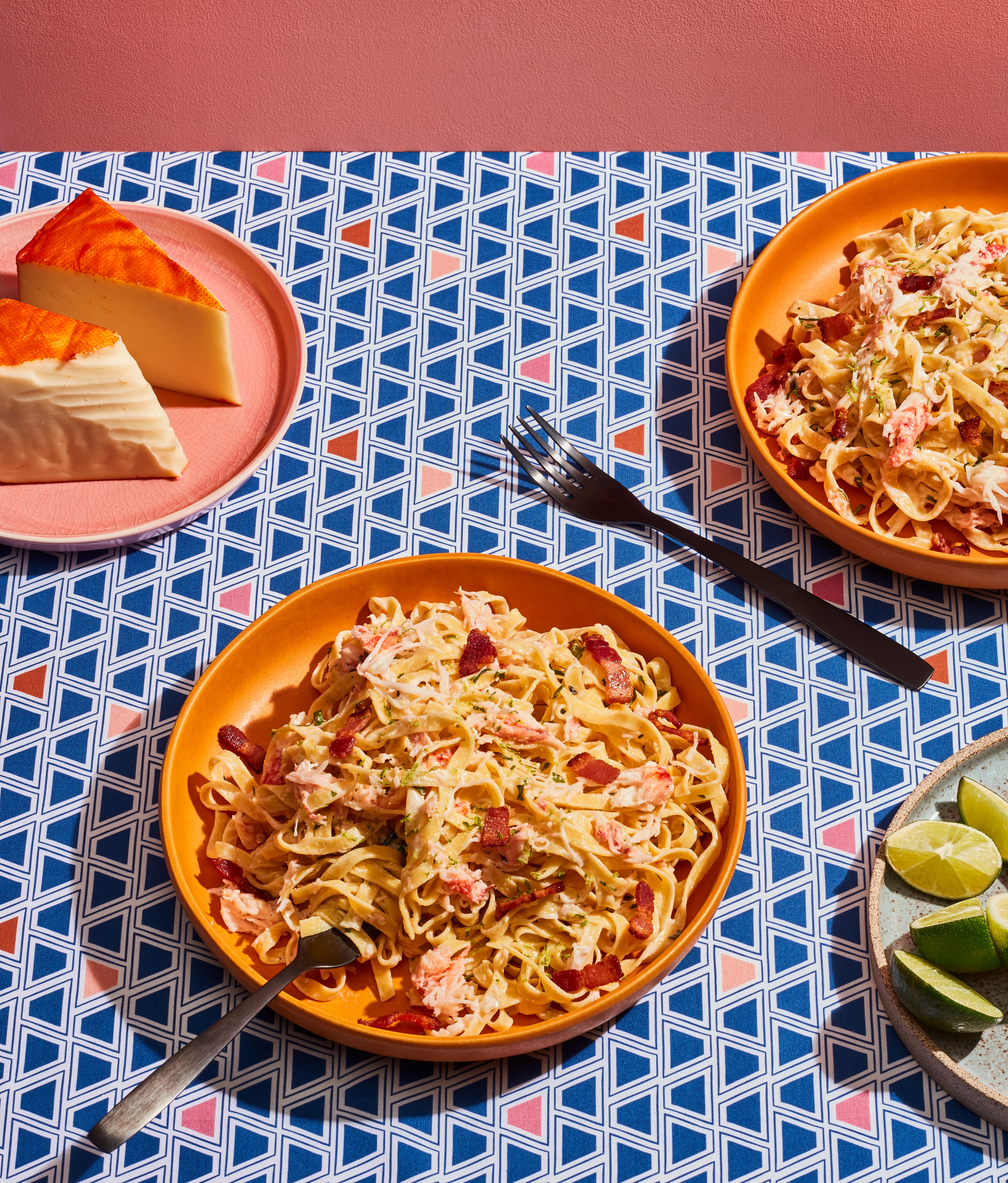 Pâtes au crabe, lime, coriandre et fromage