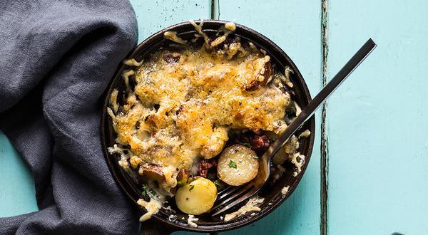 Poêlée de grelots, pistaches et lardons, gratinée