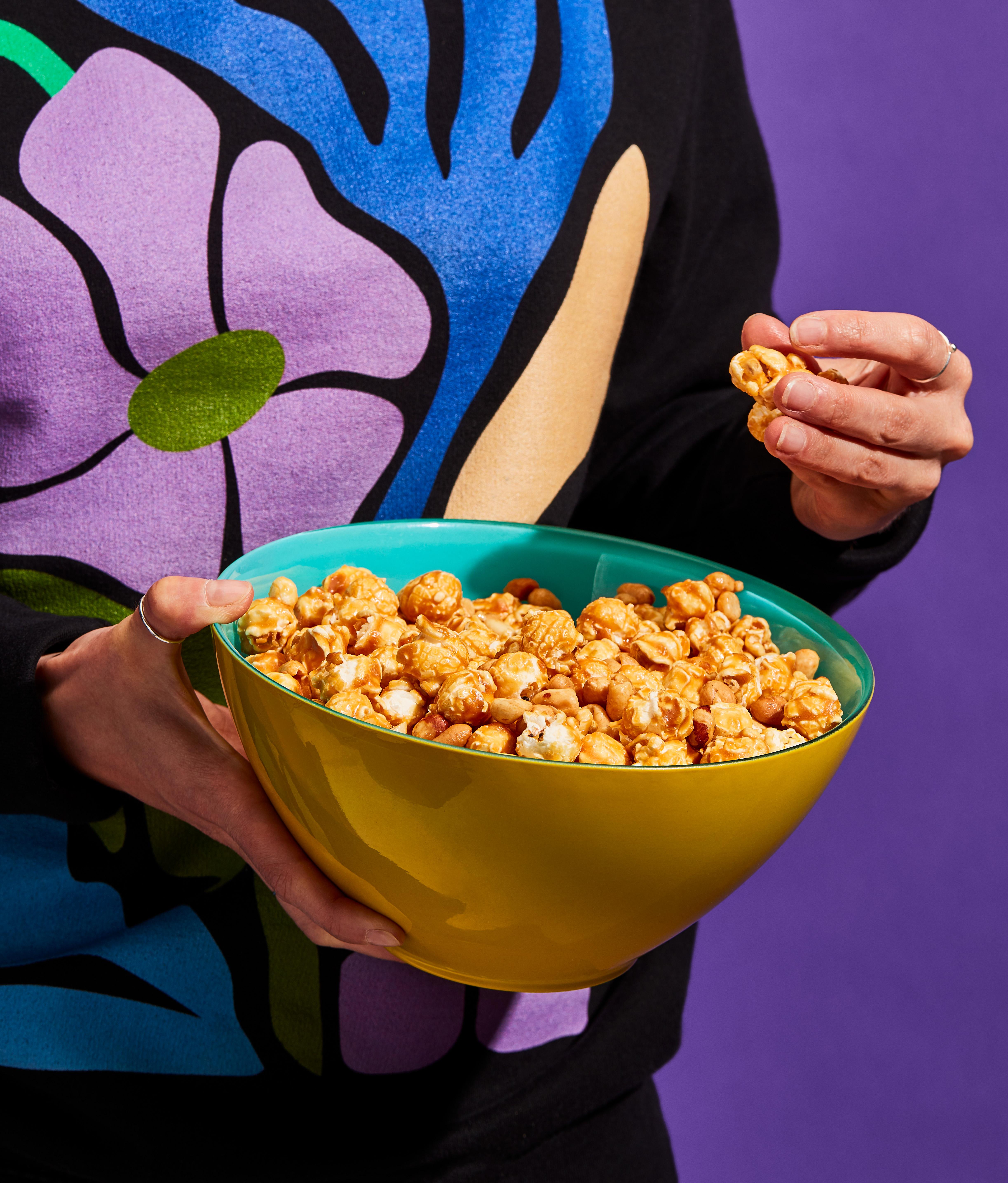 Maïs soufflé aux arachides et caramel à l'érable