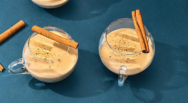 Punch chaud au lait et thé oolong sans alcool