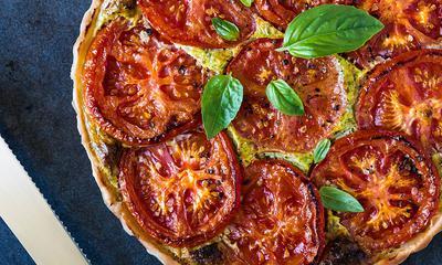 Tarte aux tomates et aux trois fromages