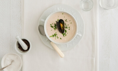 Cappuccino de moules à la crème de chou-fleur