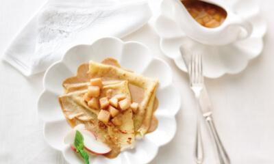 Crêpes à la cannelle et aux pommes
