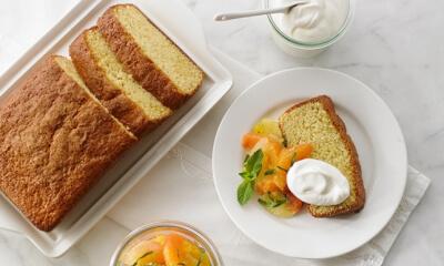 Gâteau aux agrumes et à la cardamome