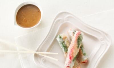Rouleaux de printemps au saumon et à la crème