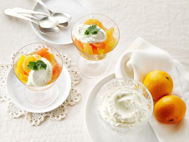 Salade d'agrumes, fromage à la crème fouettée