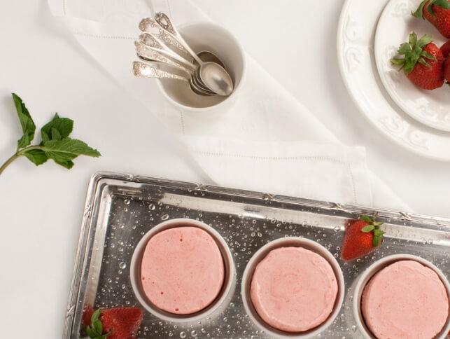 Soufflé glacé aux fraises