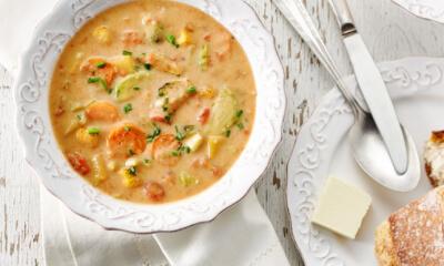Soupe onctueuse aux légumes rôtis