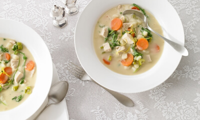 Soupe-repas à la dinde et à la roquette