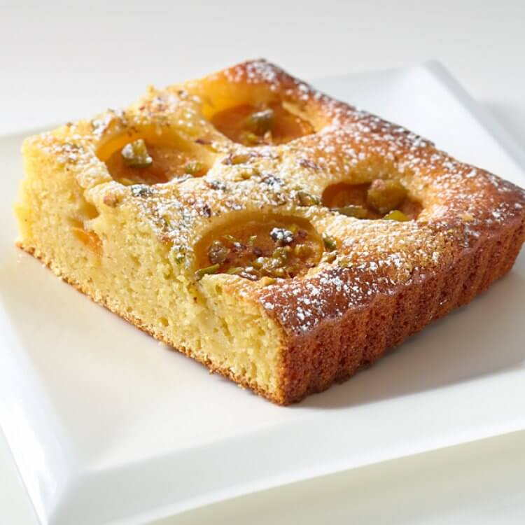 Gâteau aux abricots et à La Tomme des Demoiselles