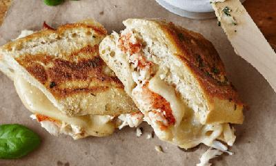 Grilled cheese au homard