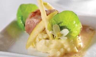Médaillons de porc grillés sur purée de rattes et sauce au fromage Réserve La Pérade