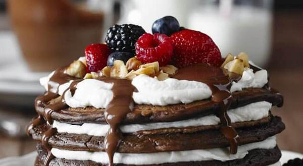 Pancake au chocolat, noisettes et fromage