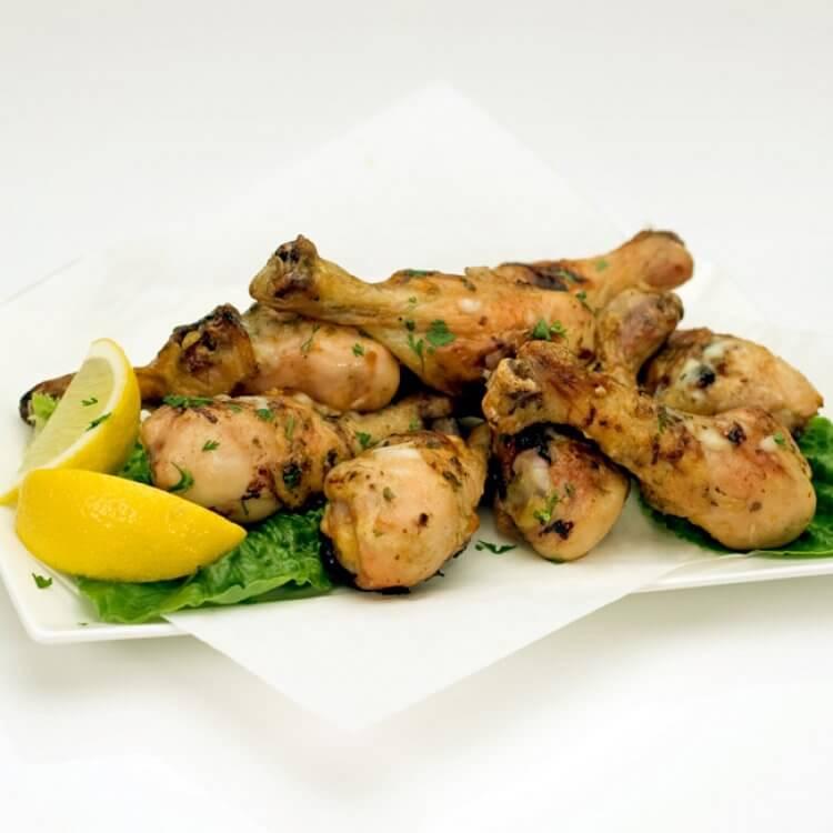 Pilons de poulet aux noix épicées et Le Fleurmier de Charlevoix