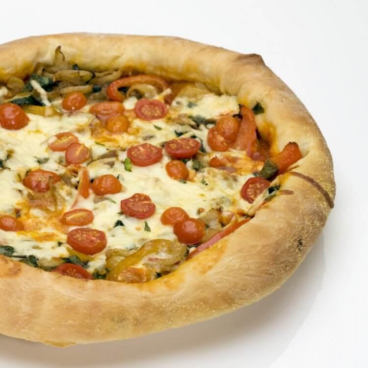 Pizza végétarienne aux deux fromages d'ici