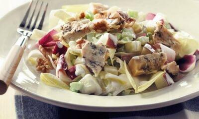 Salade Waldorf aux endives et au Rassembleu