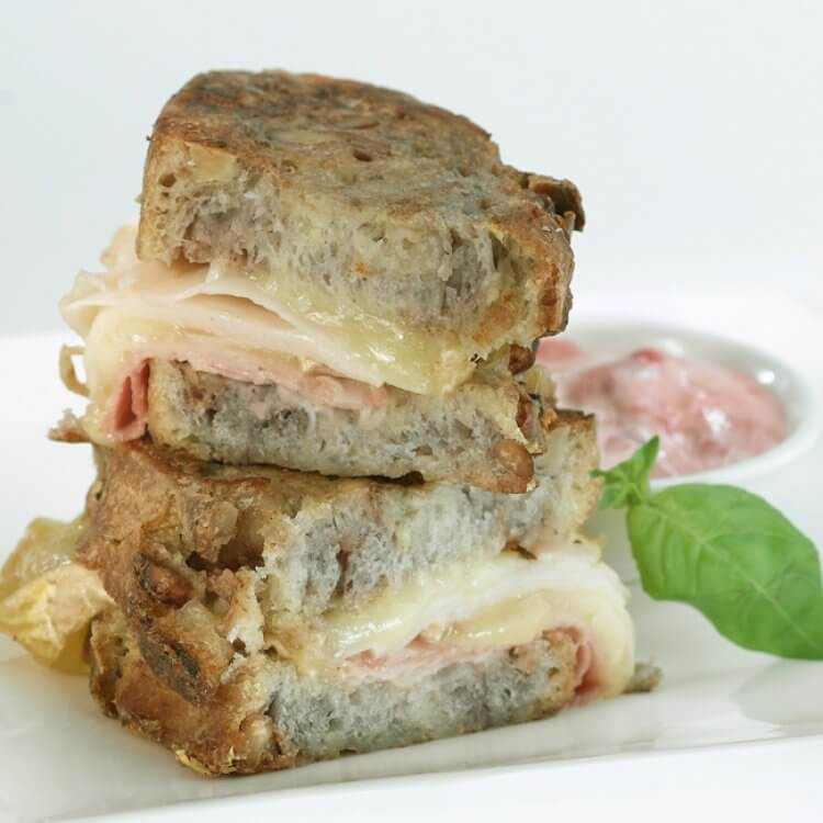 Sandwich au fromage Le Mamirolle grillé