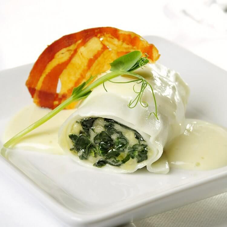Cannellonis aux épinards et aux anchois en béchamel au fromage Tête à Papineau
