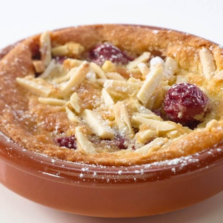 Clafoutis aux cerises et au fromage Le Fleurmier de Charlevoix