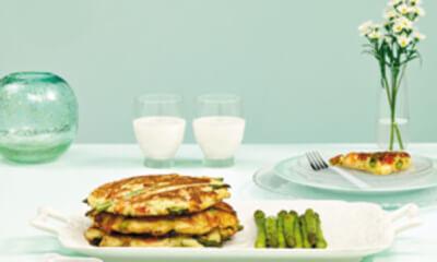 Pancakes coréens au crabe et aux asperges