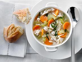Soupe poulet et nouilles repensée
