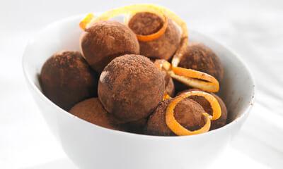 Bouchées au chocolat noir et zeste d'orange