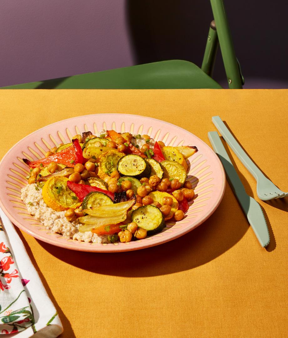 Jardinière de légumes et de pois chiches, quinoa crémeux à l'érable