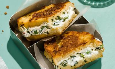 Toast dahi
