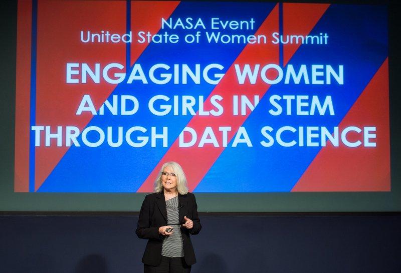 Beth Beck sharing Women In Data initiatives at NASA's White House State of Women Summit event. Photo Credit: NASA/Aubrey Gemignani