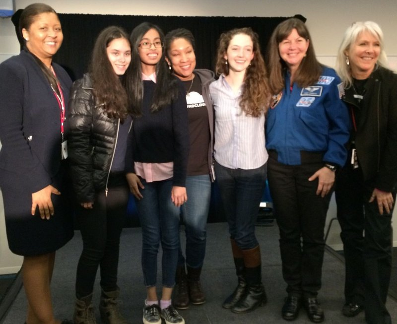 Space Apps Data Bootcampers Win Local NYC award