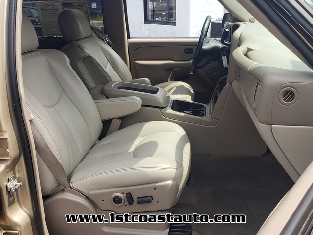used 2005 Chevrolet Avalanche car