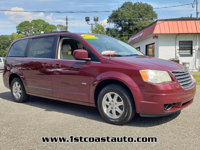 used 2008 Chrysler Town & Country car
