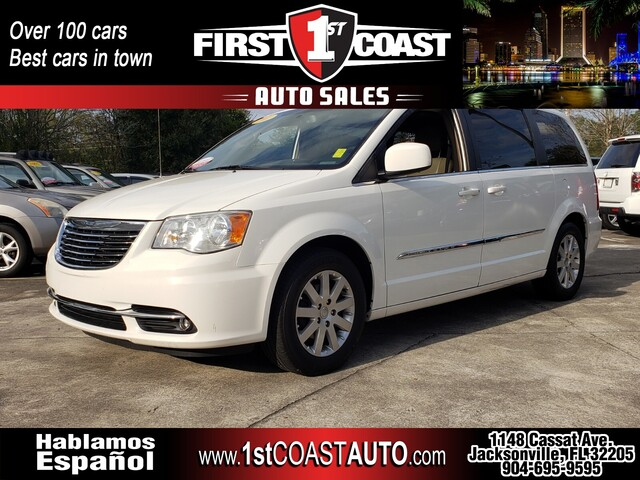 used 2011 Chrysler Town & Country car
