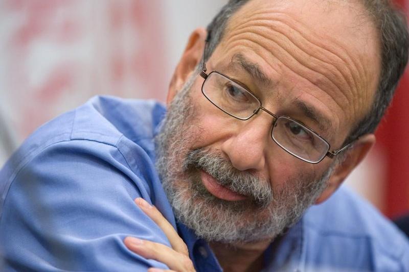 Alvin Roth Receives Nobel Prize in Economics Award