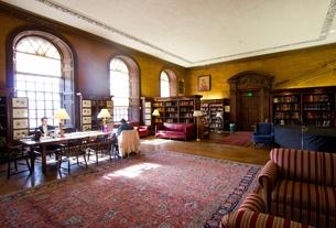 艾略特图书馆