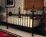 anthorphouse-crib