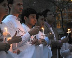 Vigil Memorializes Victims of Nepal's Earthquakes