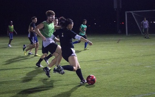 Houses Compete for Straus Cup