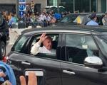 Visit from the Pontiff