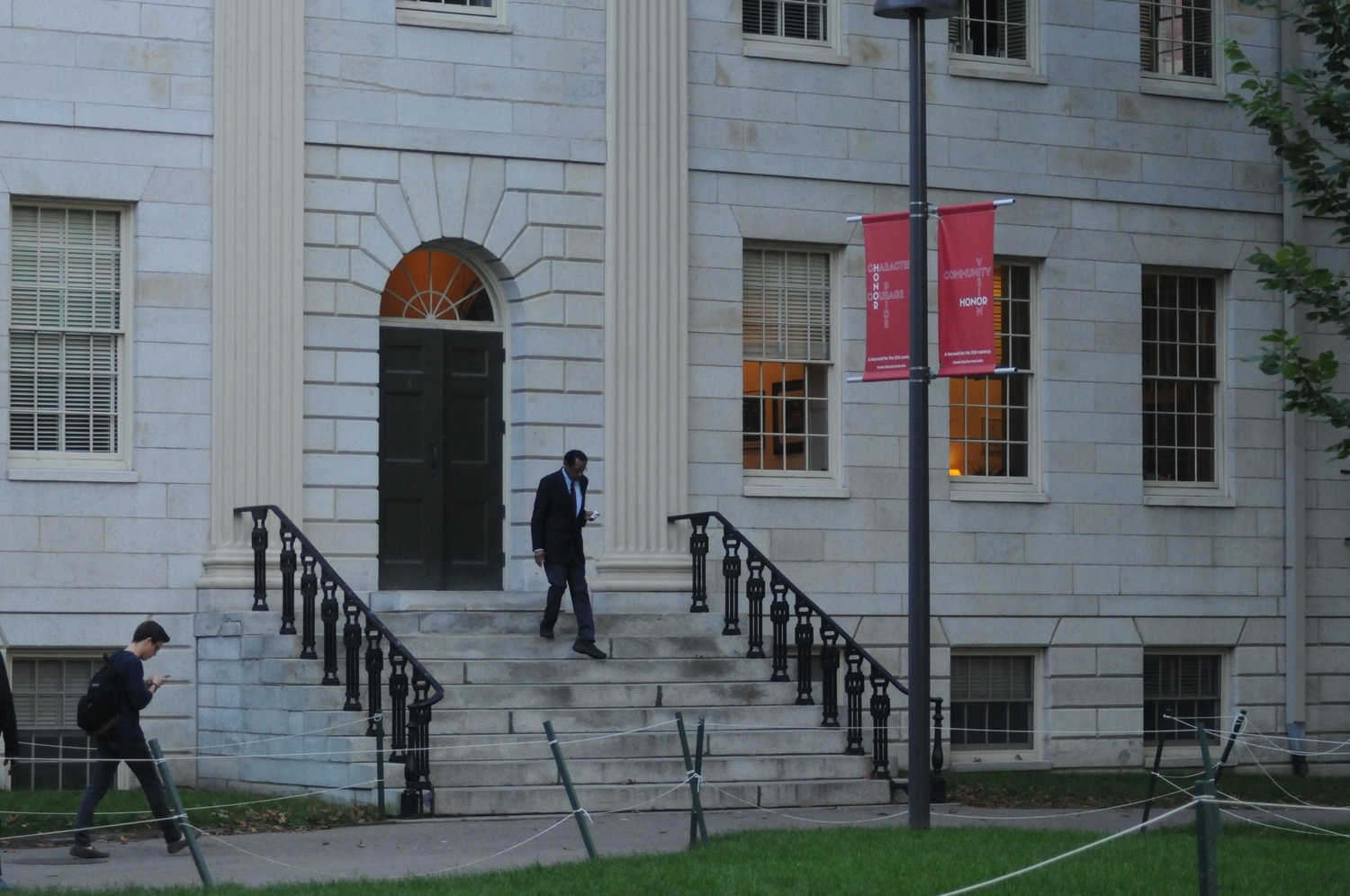 First Faculty Meeting of the Year Takes Place in University Hall