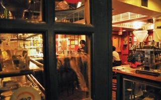 Algiers Coffee House Closes Sunday Night