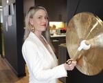 Kassi Underwood hits gong