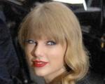 Taylor Swift Still 2