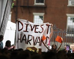 Divest at Convocation