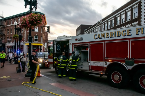 Harvard Square Shut Down Due to a Suspicious Package in MBTA Station