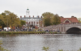 Harvard Crew competes well in 55th Head of the Charles Regatta