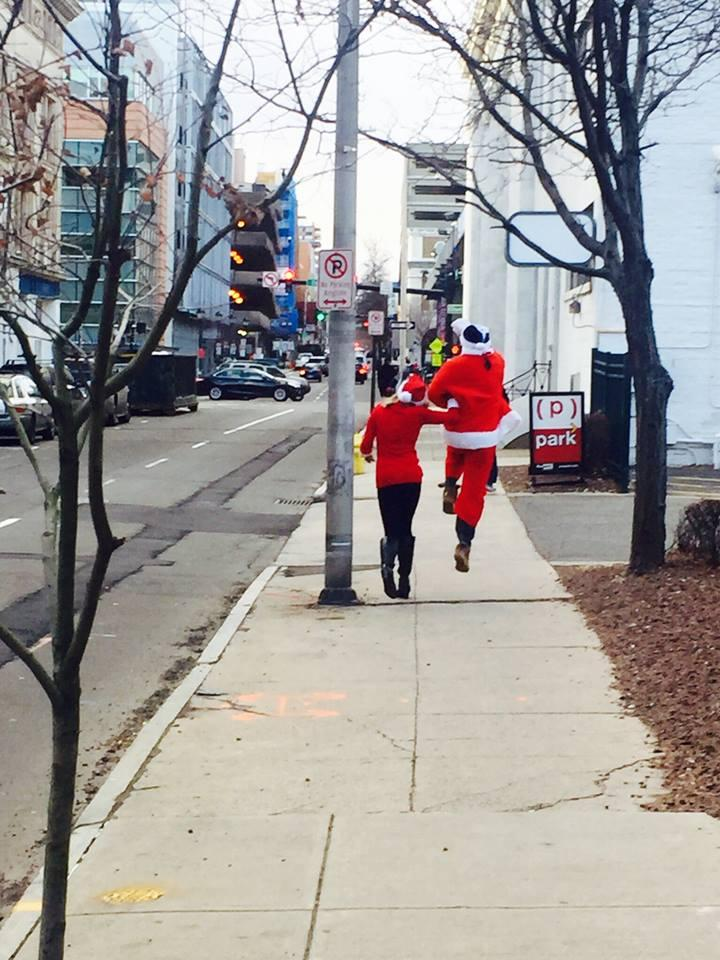 December2015 SantaCon in New Haven ... the start of a good thing! :-)